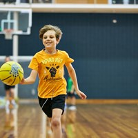 Kids basketball clinic